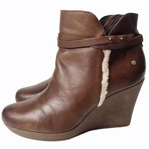 UGG Australia Alexandra Cinnamon Wedge Boots 7